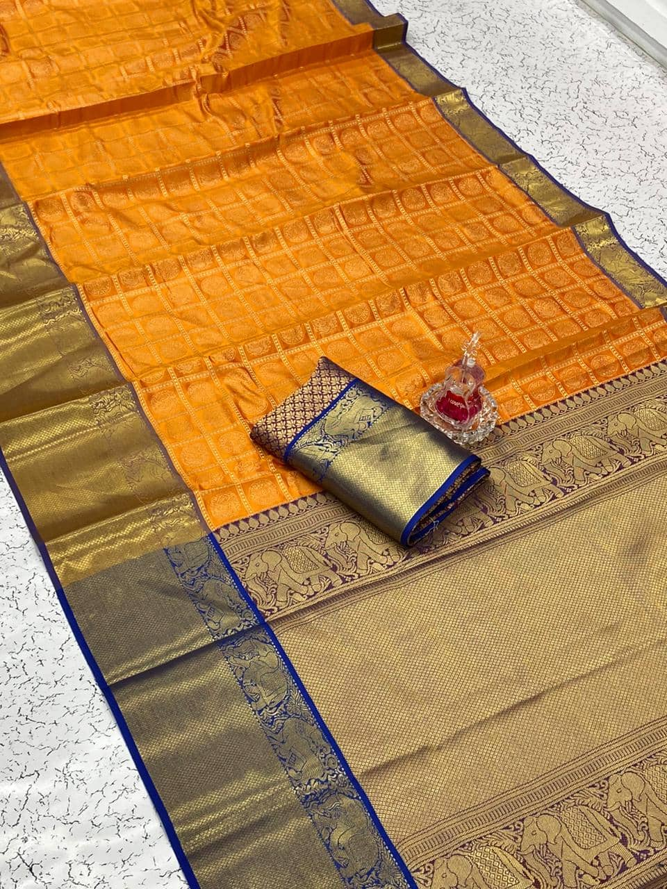 Banarasi weaving Silk Saree with Kanchipuram pattern saree (Orange) dvz0001566
