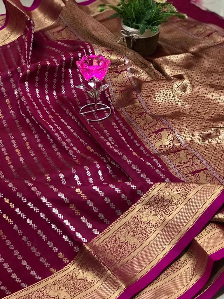 Exclusive Banarasi Silk Saree in Pink dvz0002624