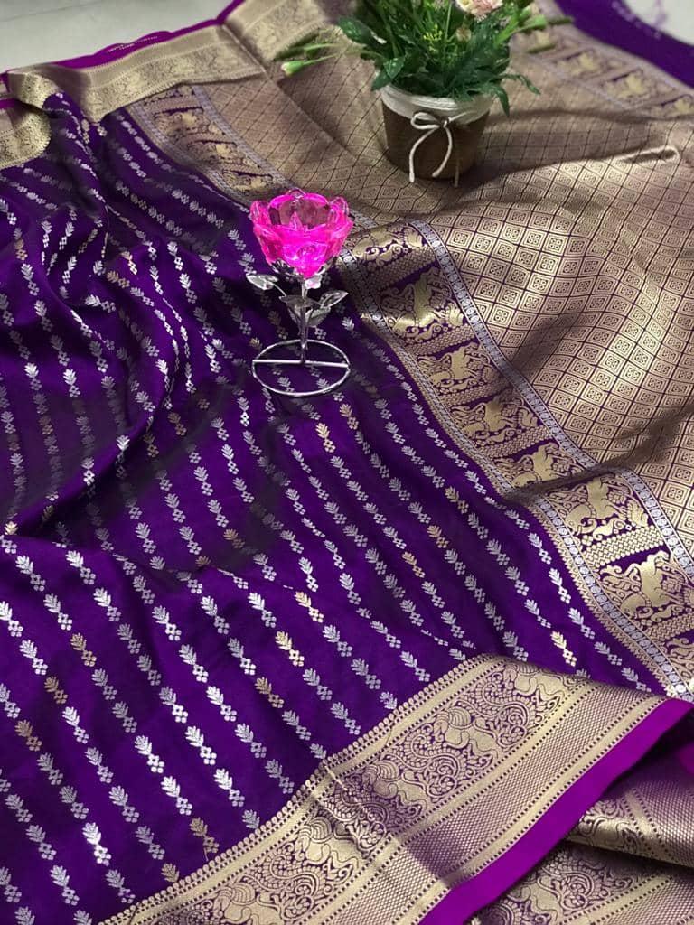 Exclusive Banarasi Silk Saree in Purple dvz0002626