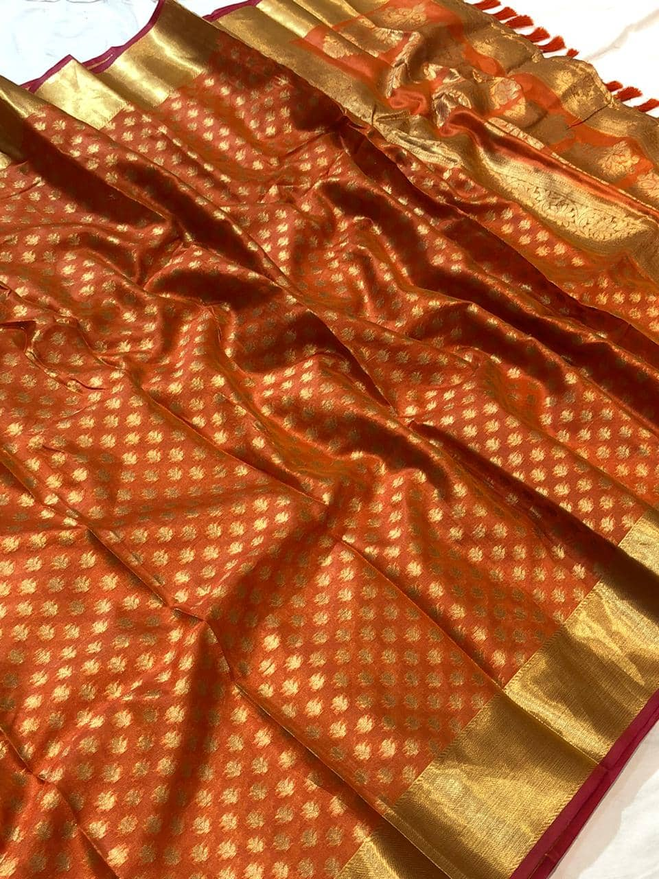 Exclusive kora muslin weaving saree in orange dvz0001498