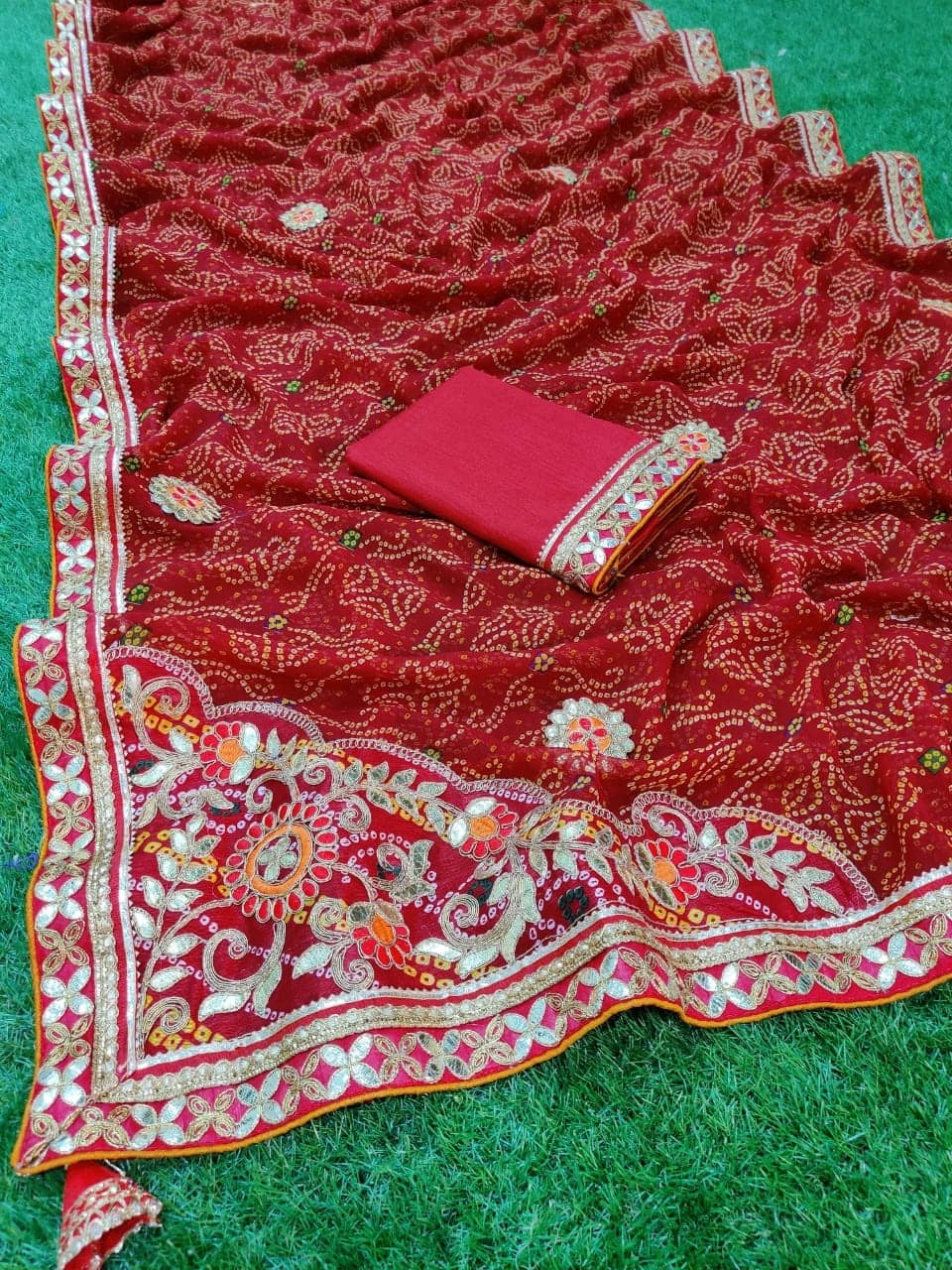 Gorgeous women's Bandhani Printed saree dvz0001659