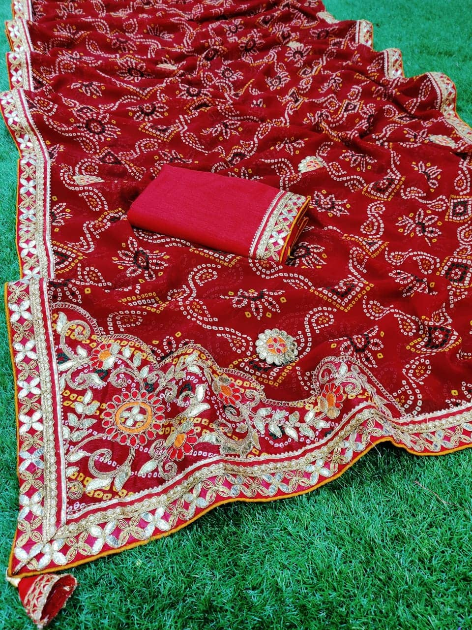 Gorgeous women's Bandhani Printed saree dvz0001662