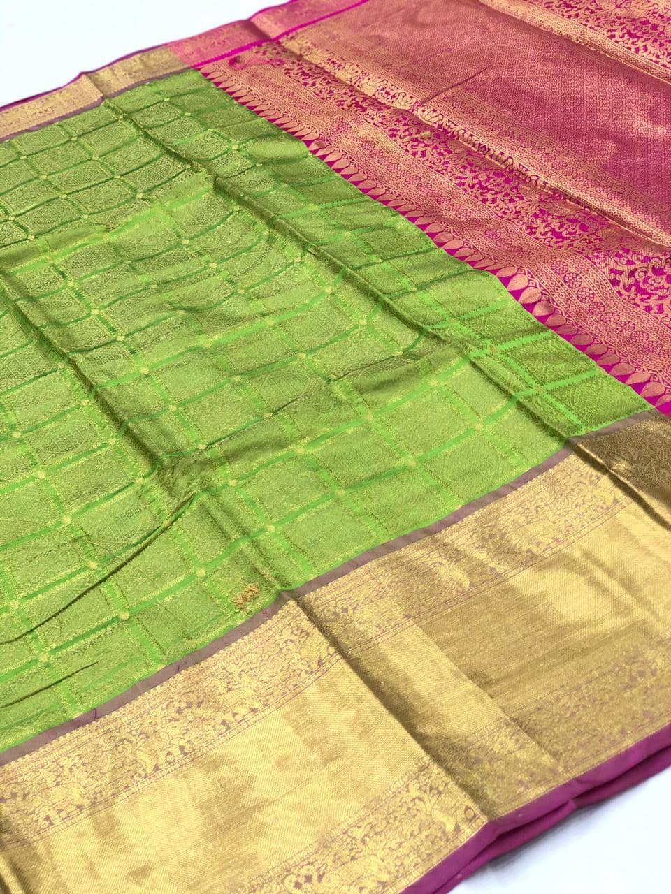 Green Kanchipuram silk saree online india dvz0001975