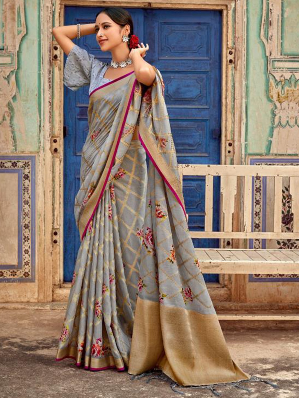 Grey Digital Printed Muslin silk saree dvz0001428 - Branded saree for ladies