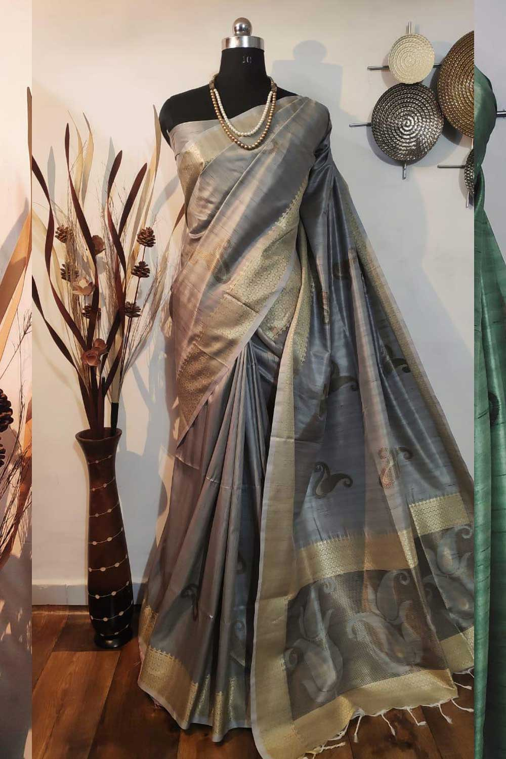 Grey Soft mulberry silk weaving saree with exclusive zari woven butta and pallu with matching blouse piece dvz0001013