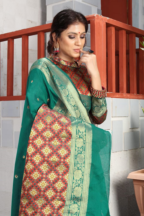 Handloom Cotton Weaving silk Green saree dvz0001196