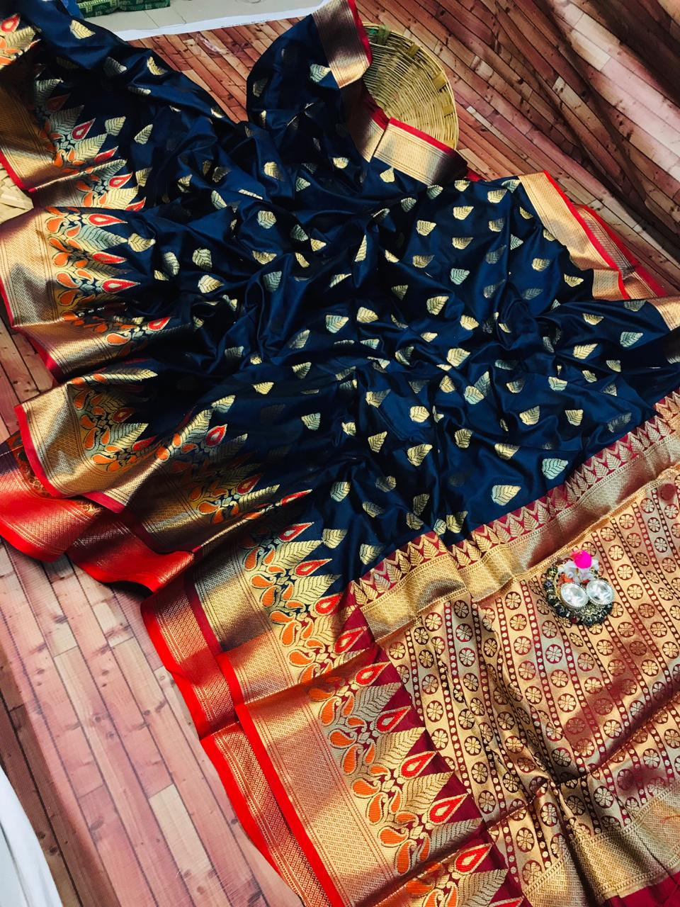 Kanchipuram Silk saree in Blue dvz0002275