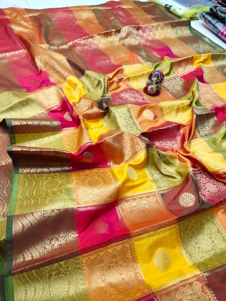 Kanchipuram soft lichi silk Box Design saree dvz0002155-2