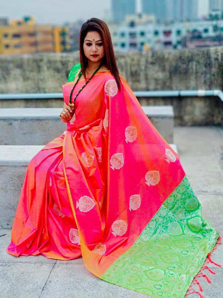 Lichi Silk Weaving Jacquard Saree in Peach dvz0002612