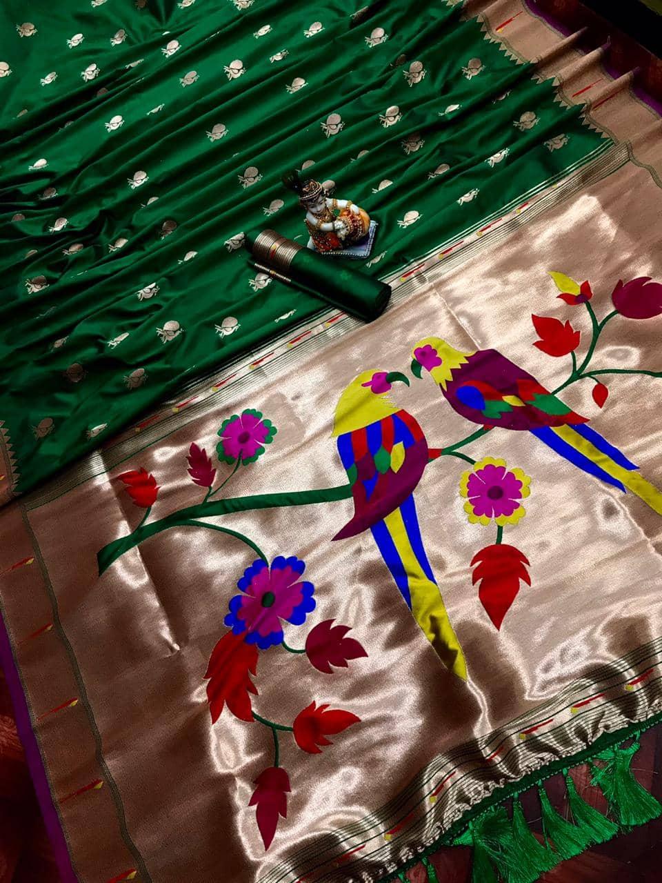 Pure Green Kanchipuram Traditional saree dvz0002205