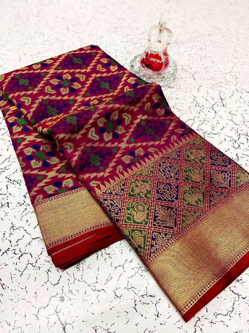 Purple soft banarasi patola silk saree with reach pallu dvz0002018