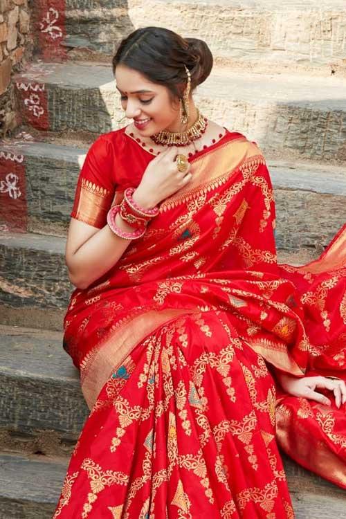 Red Coloured Soft silk saree dvz0001034