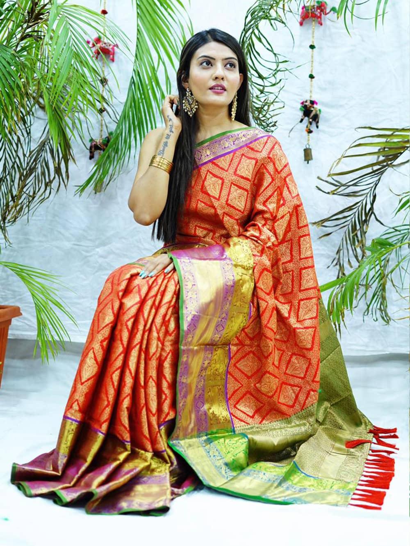 Red kanjivaram soft silk sarees in india dvz0002091