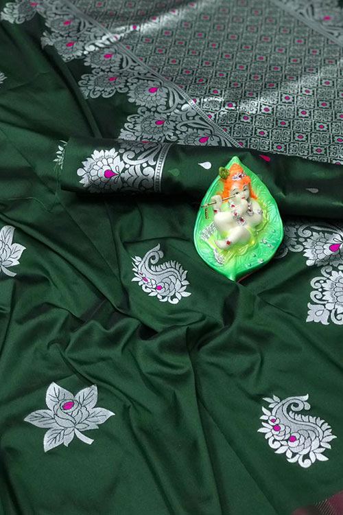 Stunning Green Colored Soft Silk Saree online dvz0001165