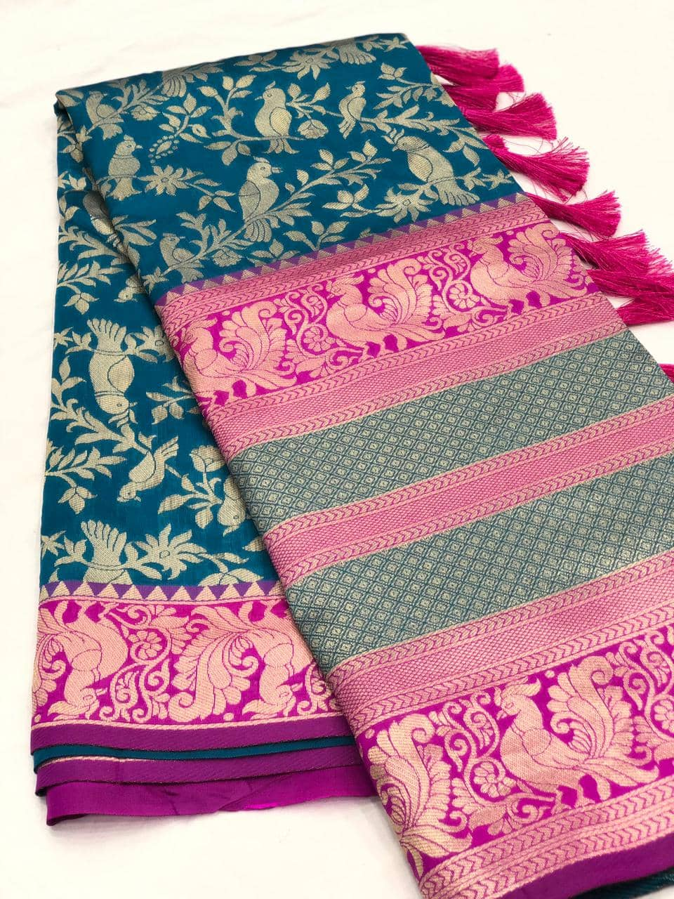 Stunning Kanchipuram Silk Traditional Saree in Blue dvz0001750