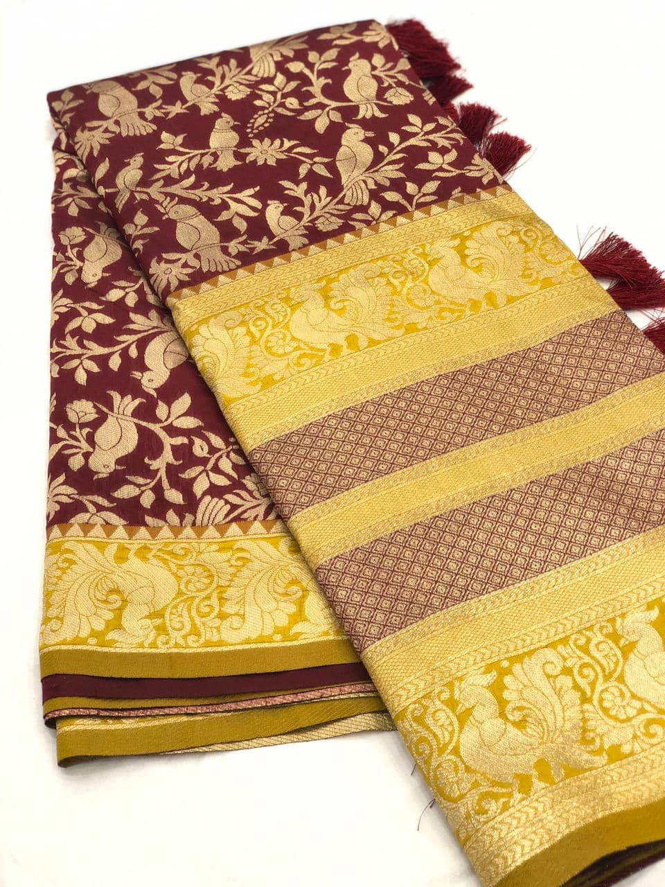 Stunning Kanchipuram Silk Traditional Saree in brown dvz0001766