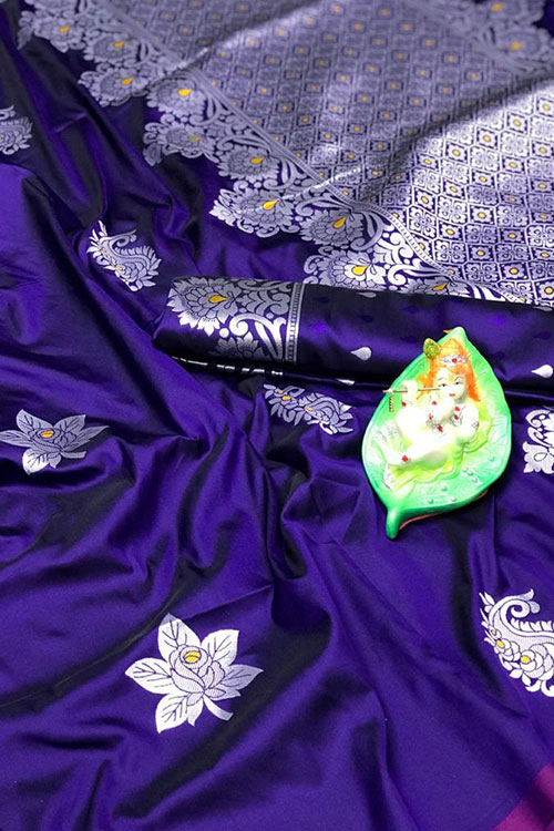 Stunning Purple Colored Soft Silk Saree online dvz0001168