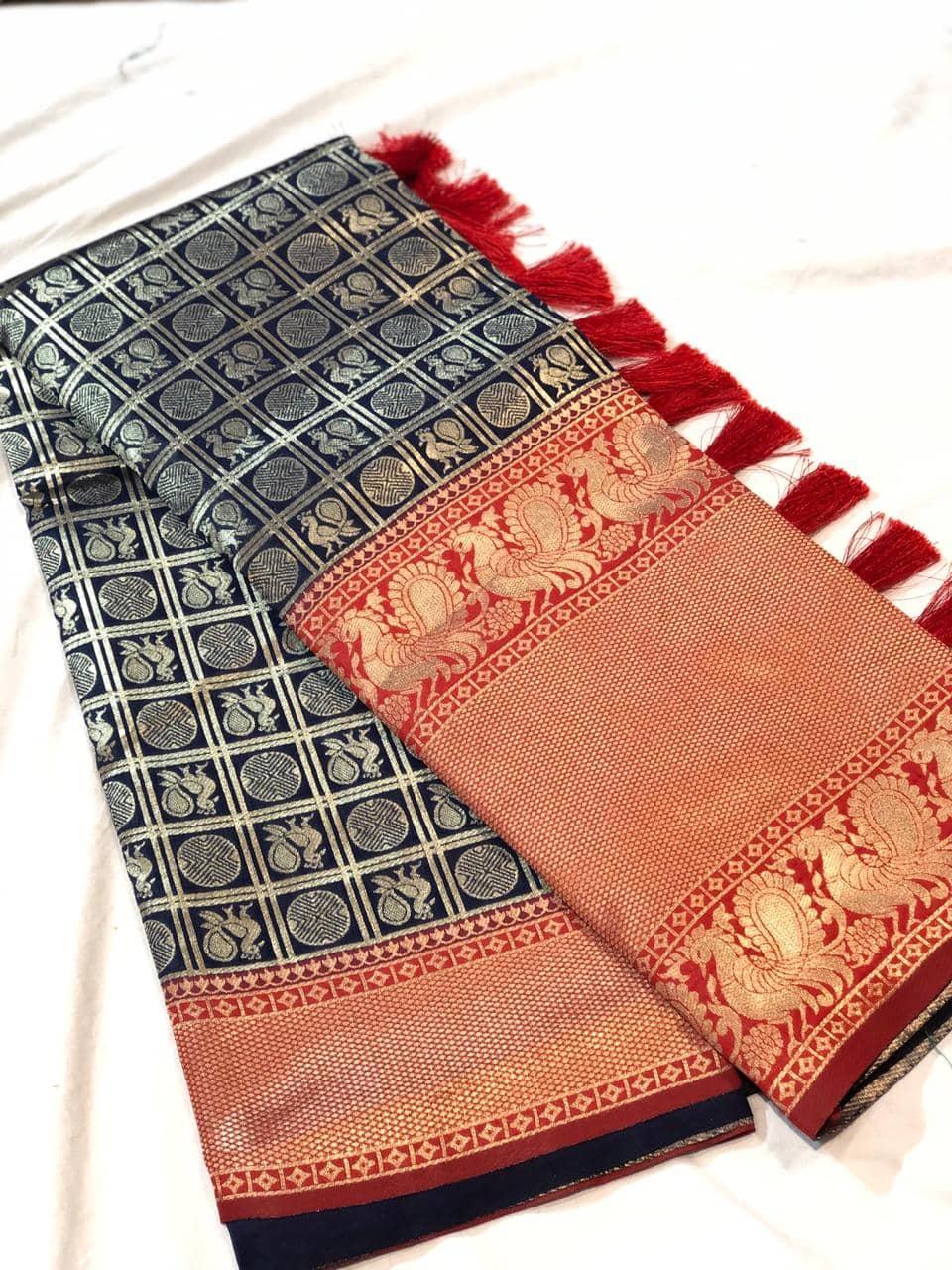 Trending Kanchipuram silk saree in Black dvz0001613