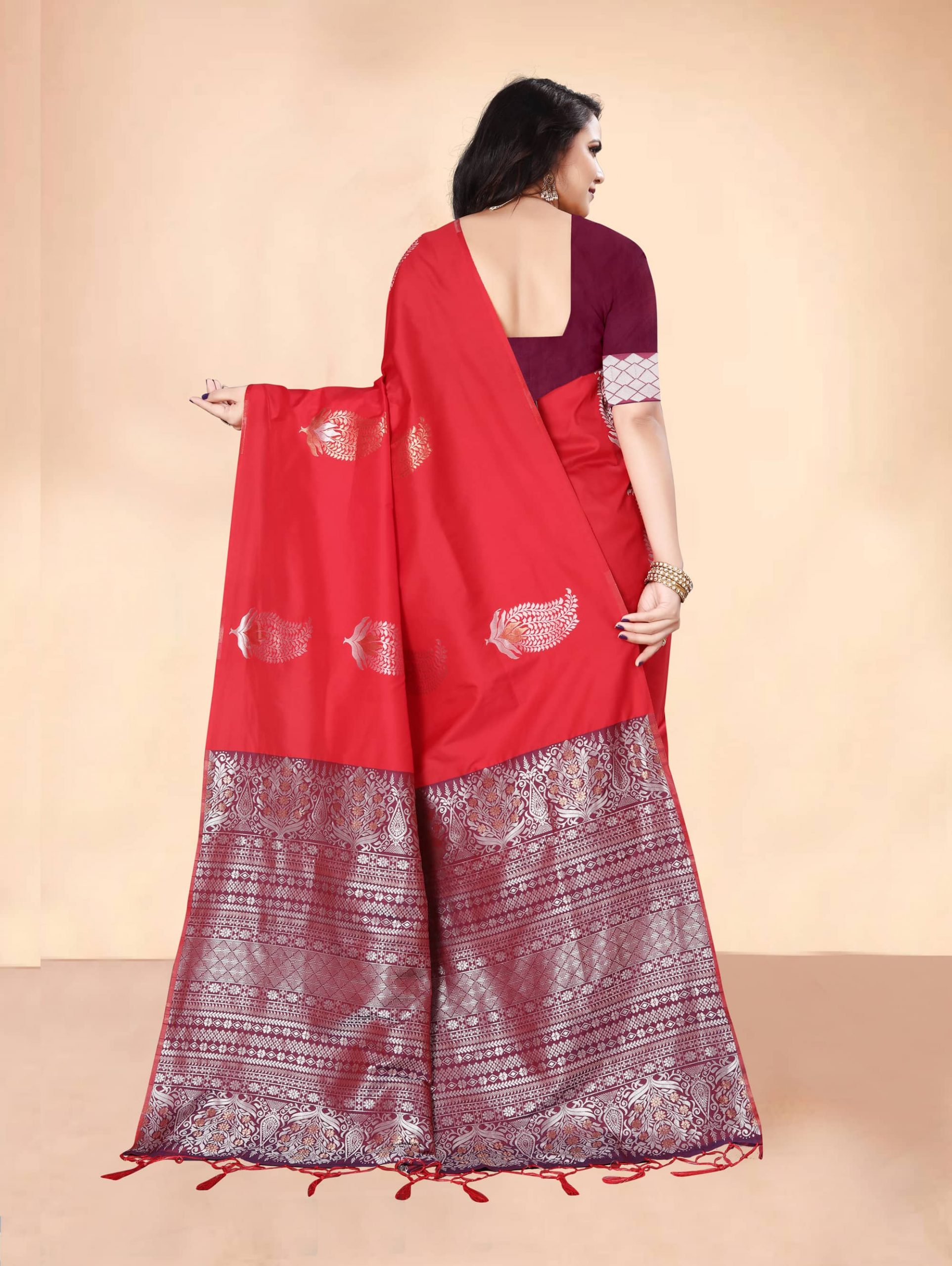 Trending Red Soft silk woven saree dvz0002285-4