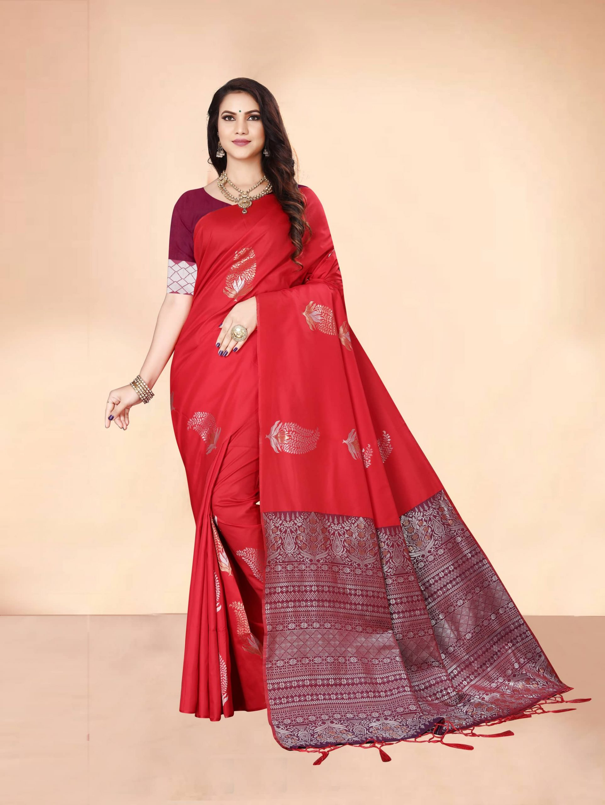 Trending Red Soft silk woven saree dvz0002285