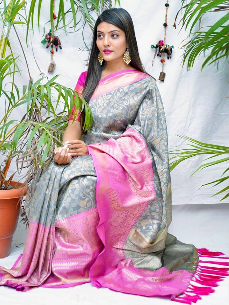 Trending kanjivaram soft silk saree in Grey dvz0002145
