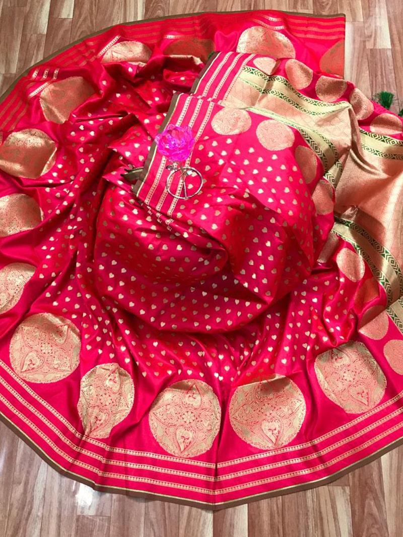 Trendy Banarasi Soft Silk Saree in Pink dvz0002499
