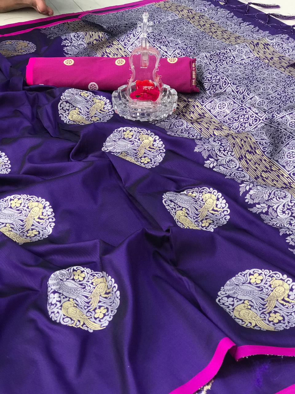 Violet Banarasi silk weaving jacquard saree with Rich Pallu dvz0001237