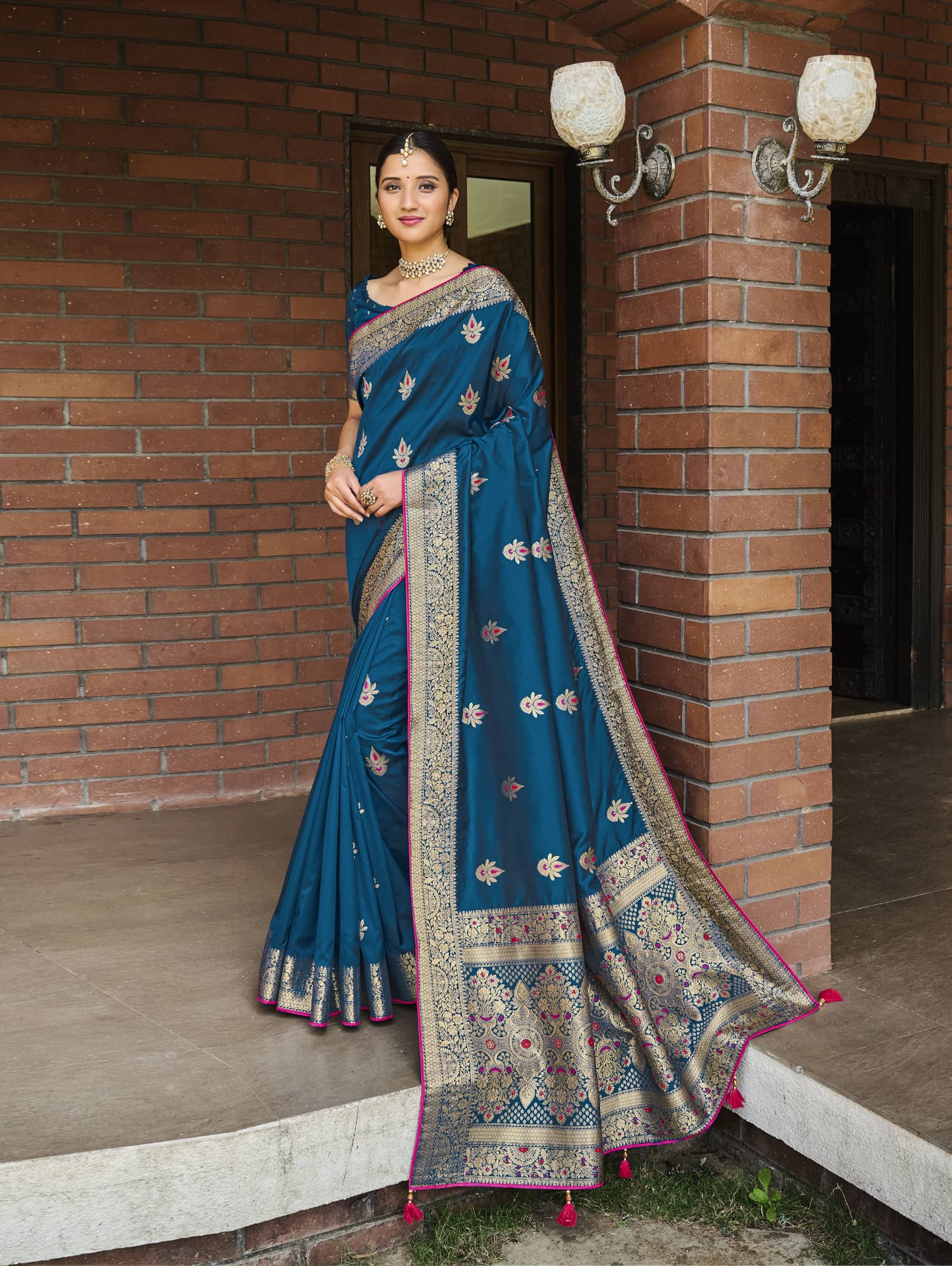 Women's Blue Soft silk saree dvz0002351