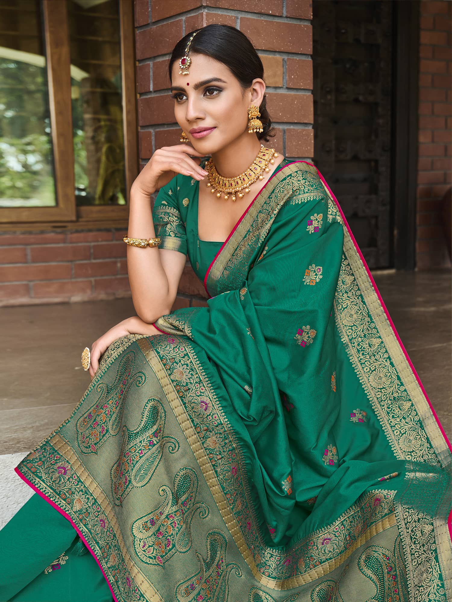 Women's Green Soft silk saree dvz0002350-2