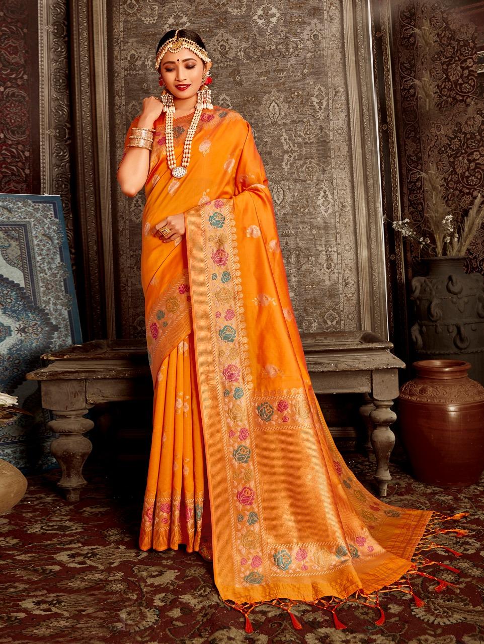 Women's Orange Soft Silk Traditional Saree in dvz0002390