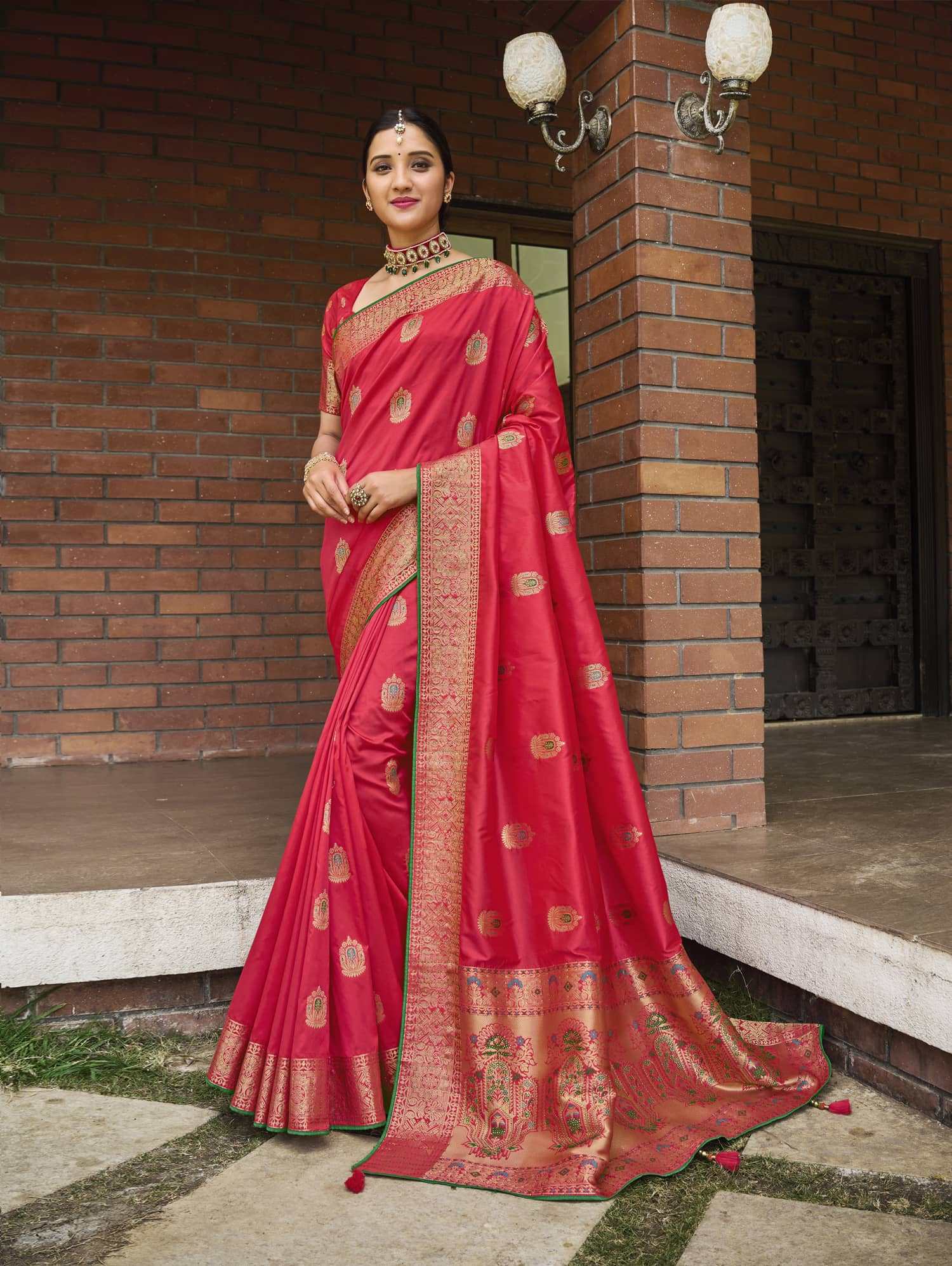 Women's Pink Soft silk saree dvz0002354