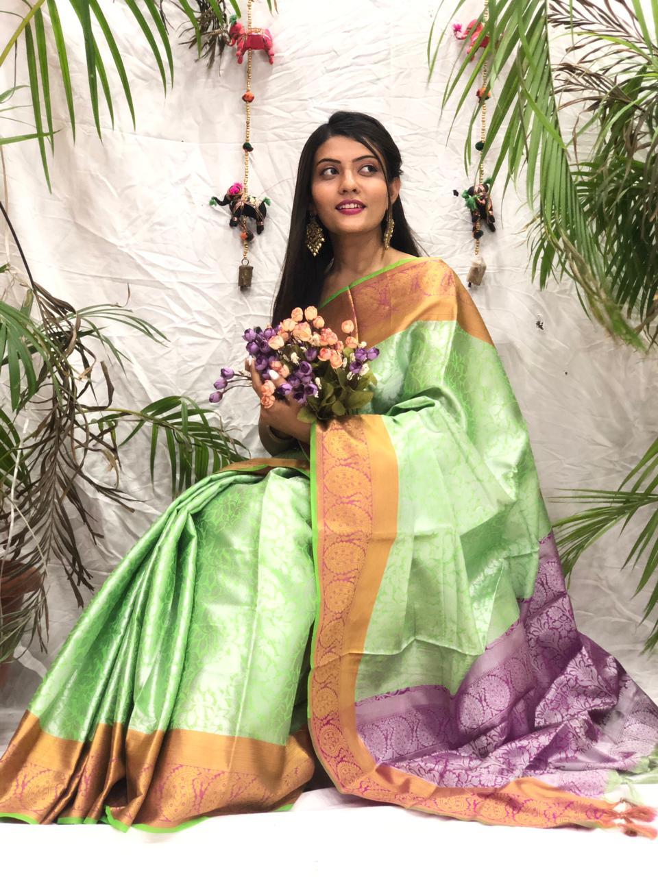 Women's Stylish Kora muslin silk saree online dvz0002171