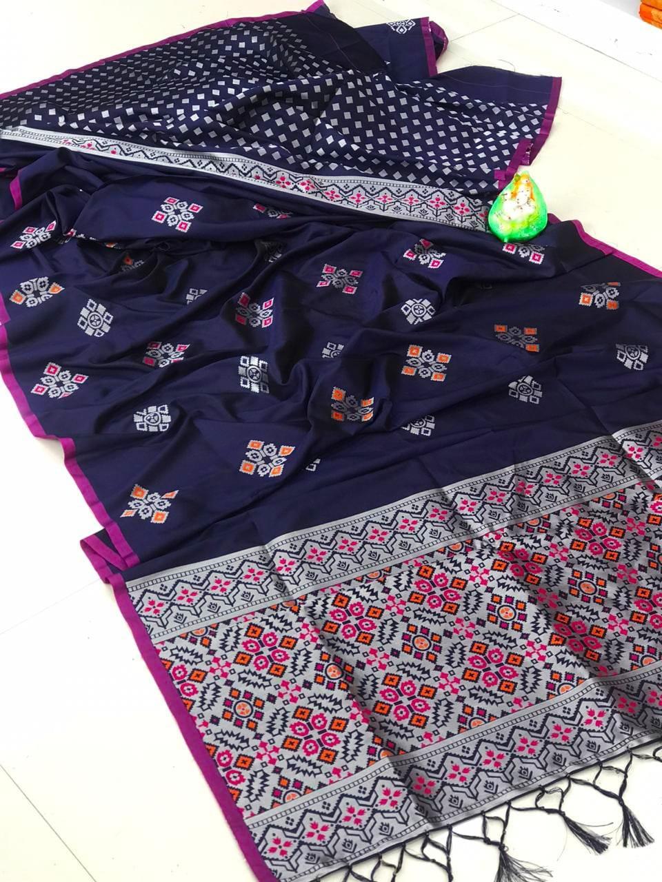dvanza Beautiful Blue Soft And Silky Litchi Silk Saree dvz0002317