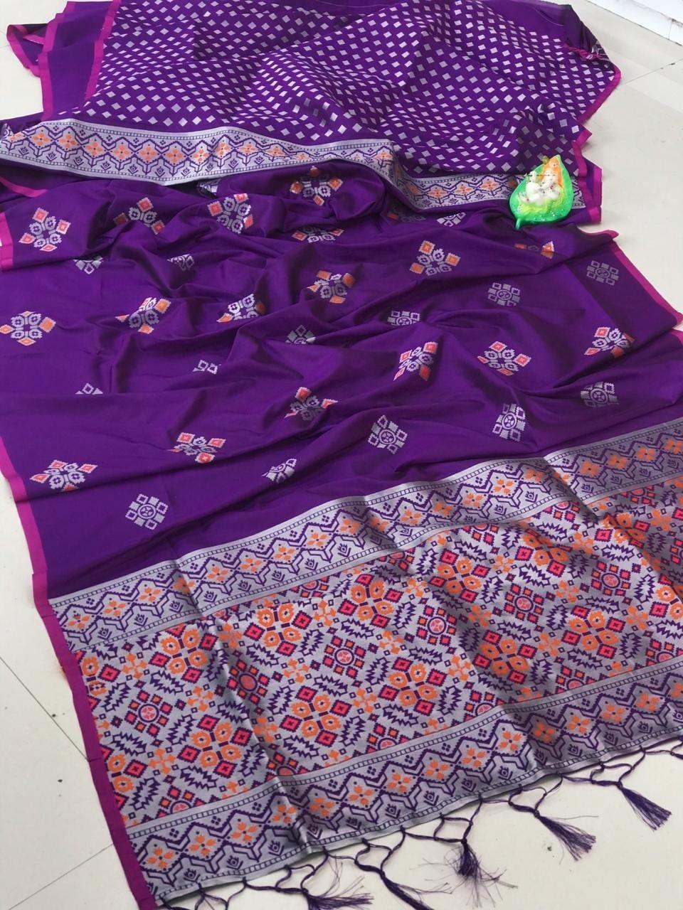 dvanza Beautiful purple Soft And Silky Litchi Silk Saree dvz0002320