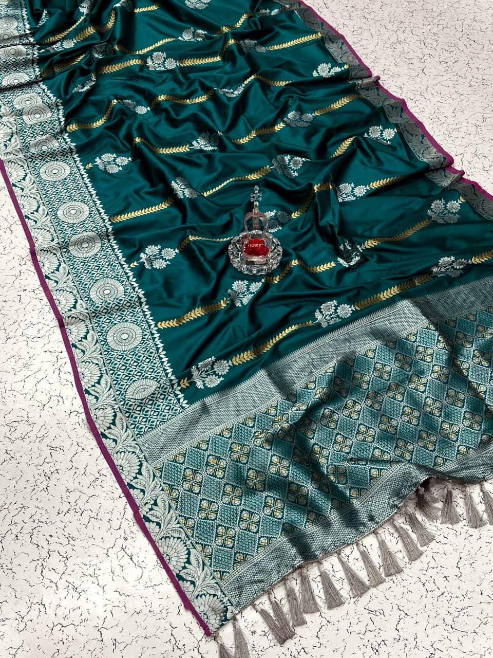 fancy Green soft silk woven sun flower saree dvz0002162