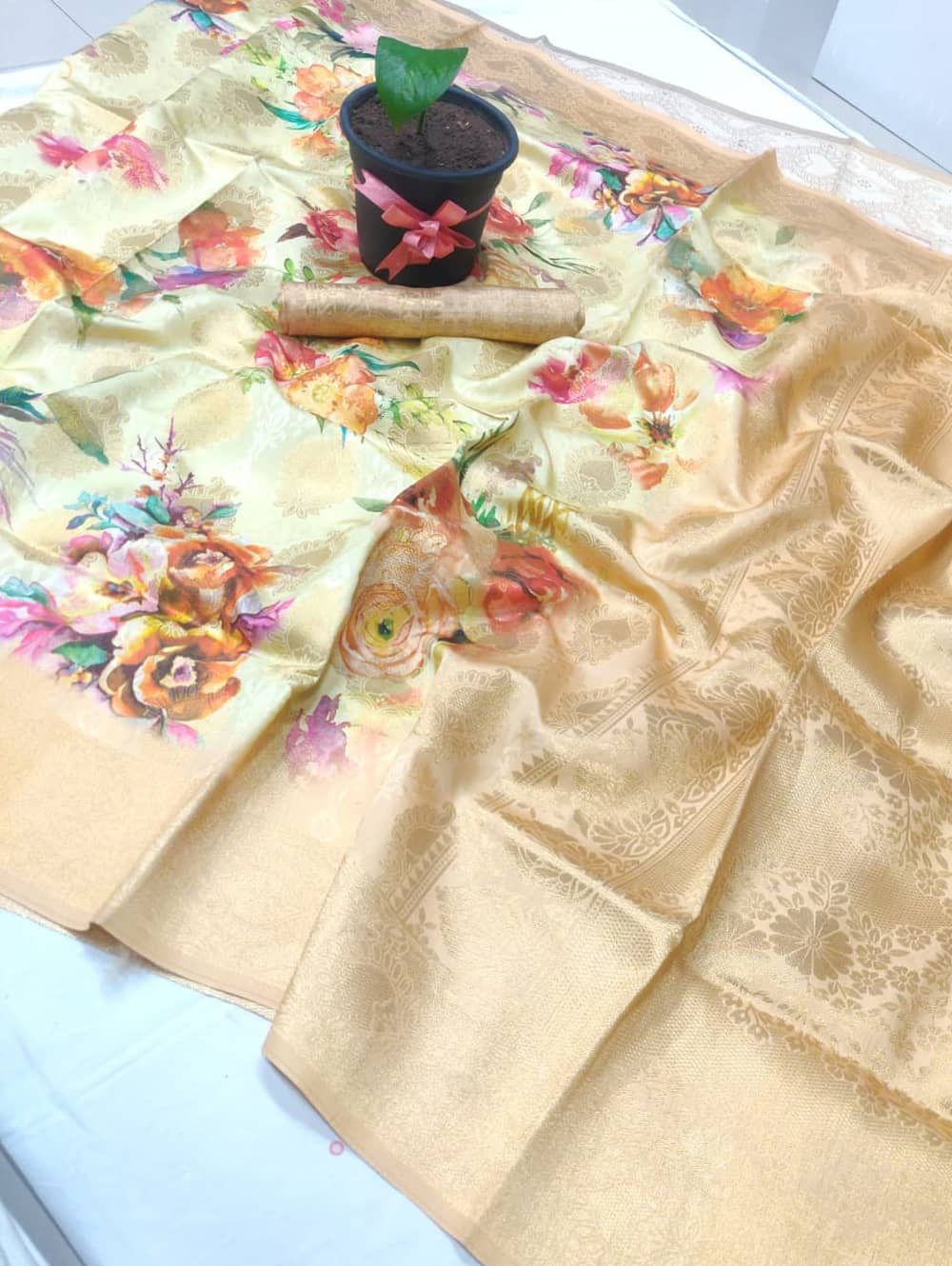 floral spanish digital print saree with zari border dvz0002097