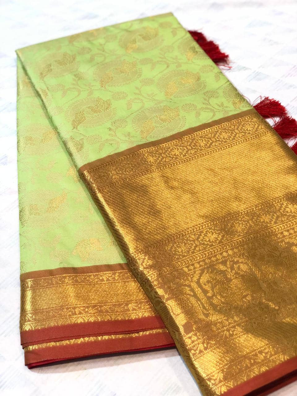 green kanchipuram silk sarees online shopping dvz0001928