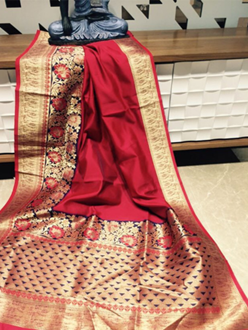 red-color-beautiufl-banarasi-saree-with-rich-pallu-dvz000147