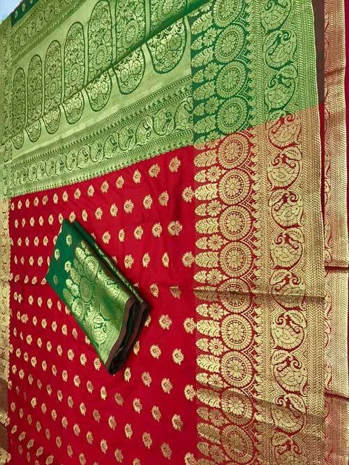 red-color-beautiufl-banarasi-saree-with-rich-pallu-dvz000148