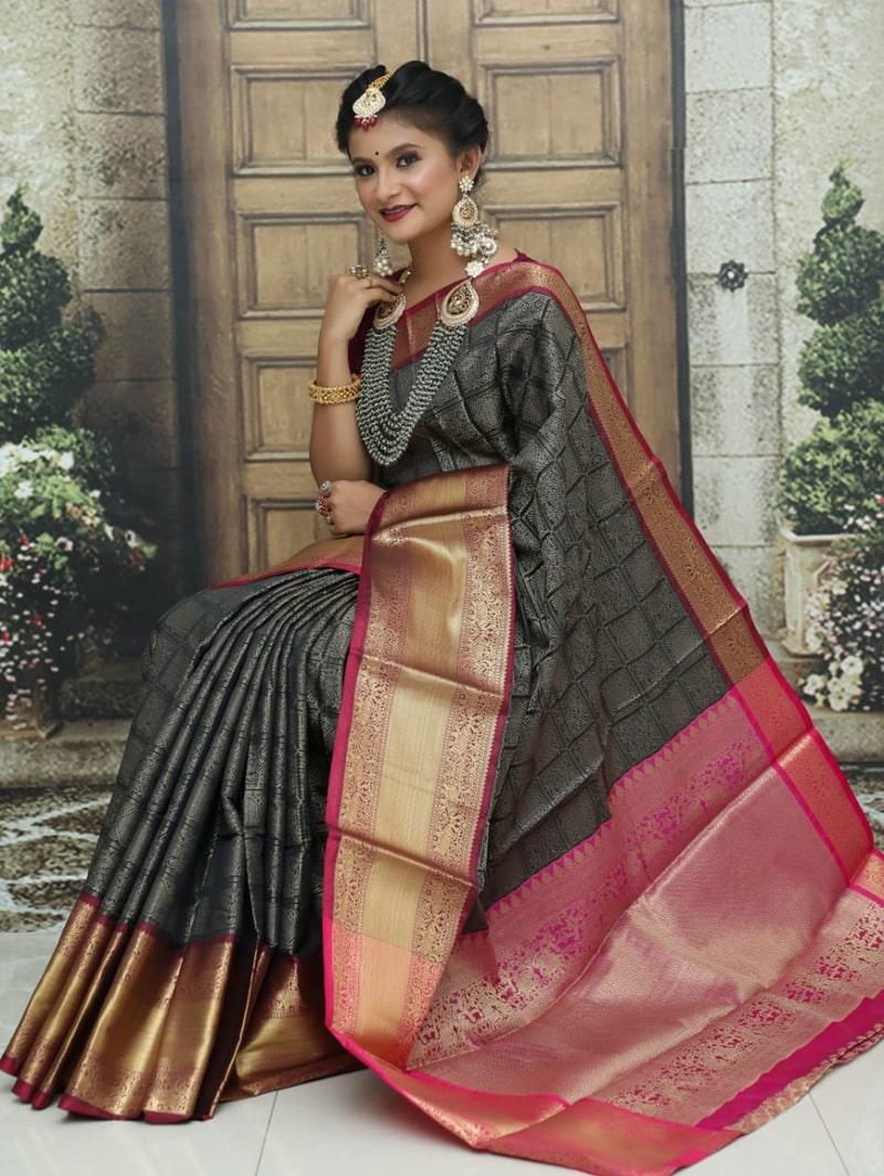 women's Kanchipuram soft silk saree in Black dvz0002582