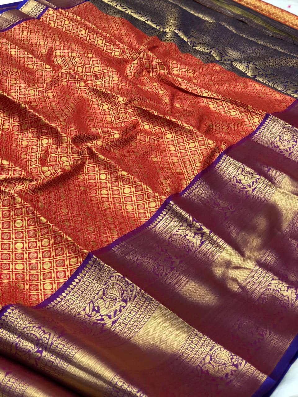 women's Red Kanchipuram silk saree india dvz0002232