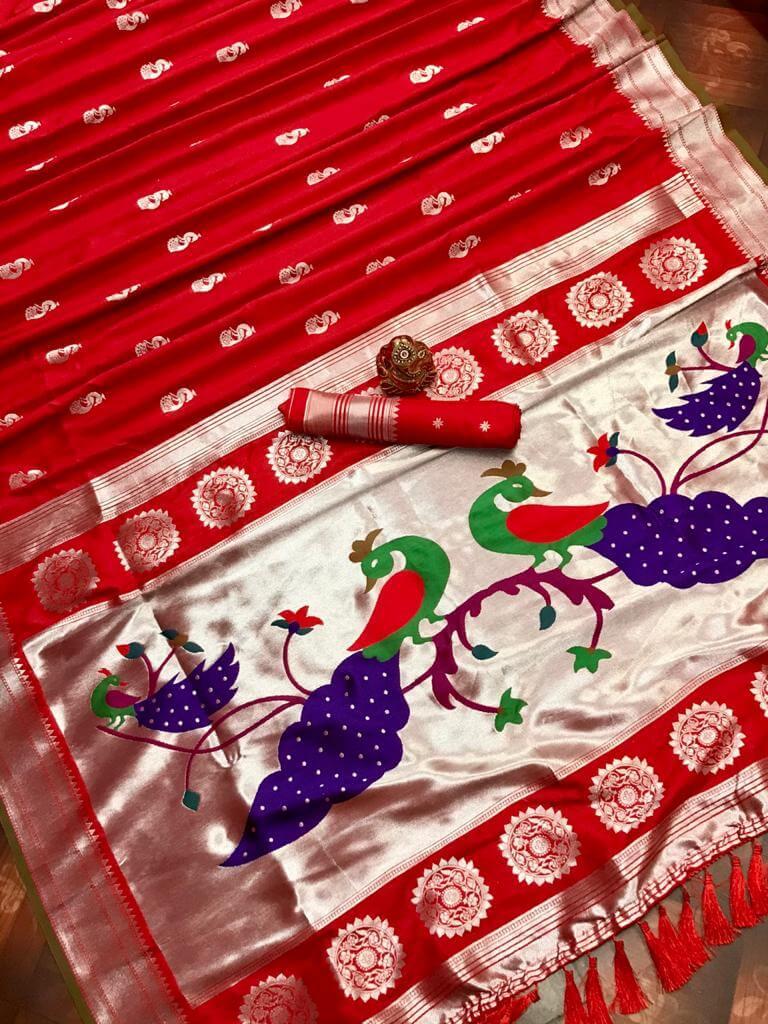 women's Red Traditional Kanchipuram saree dvz0002440