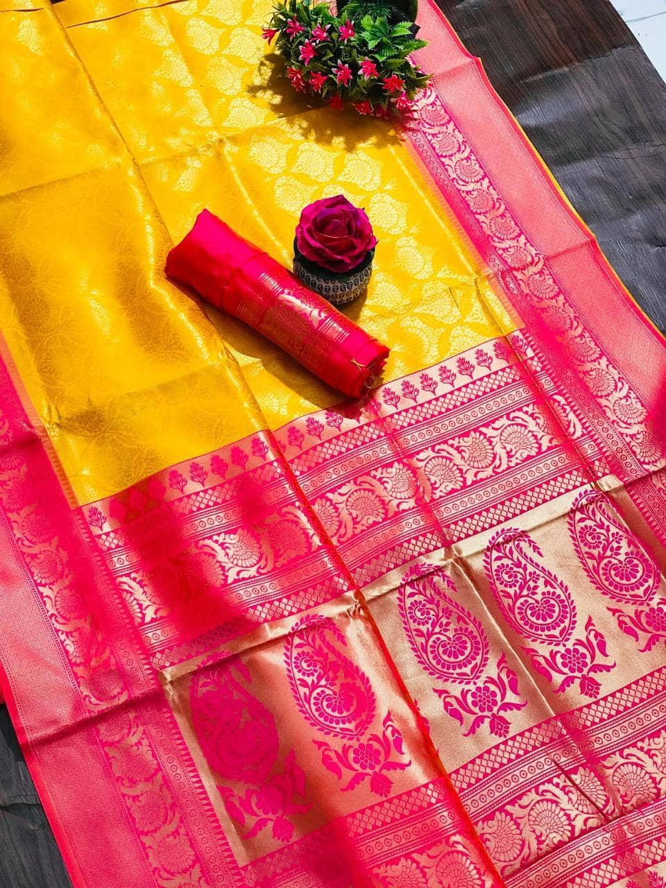 women's Yellow coloured Kanjivaram silk saree dvz0001361