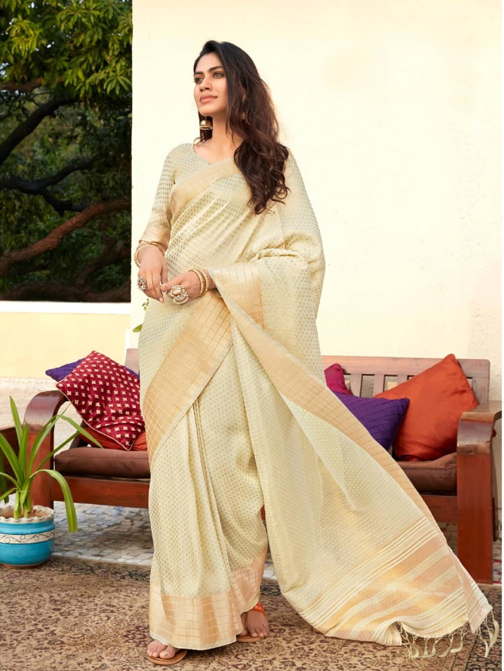women's cream Gorgeous Soft Tissue Silk saree dvz0002197