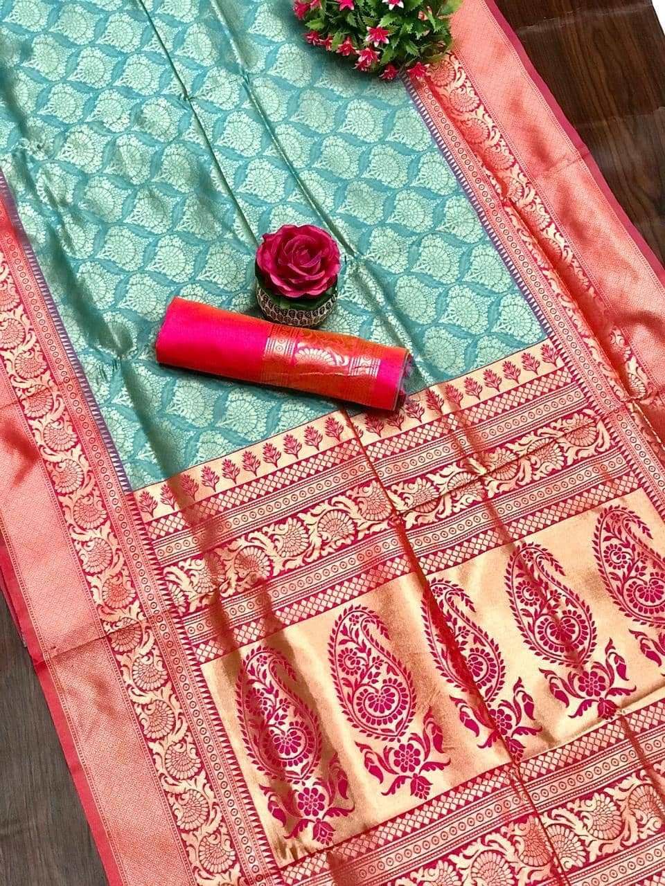 women's Sky Blue coloured Kanjivaram silk saree dvz0001360