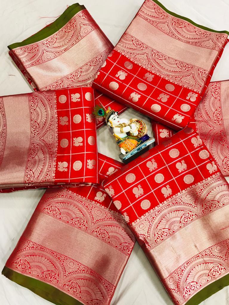 women's red Lichi Silk Traditional saree dvz0002219